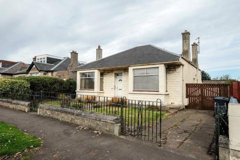 3 bedroom detached bungalow for sale - 82 Wakefield Avenue, Craigentinny, EH7 6TW
