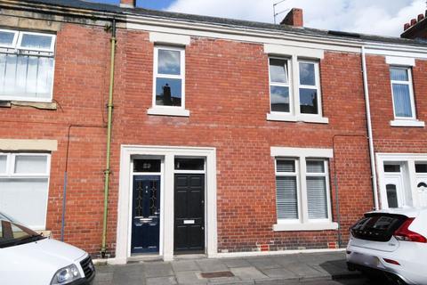 3 bedroom flat for sale - Northbourne Road, Jarrow