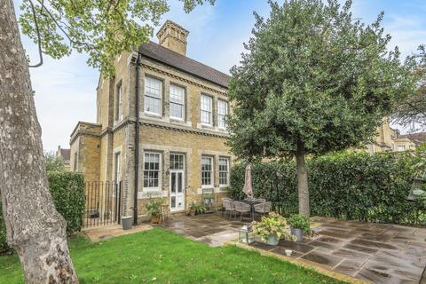 2 bedroom house for sale - Chapel Drive Dartford DA2