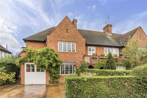 4 bedroom detached house to rent - Hill Rise, Hampstead Garden Suburb, London