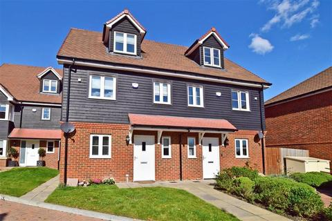 3 bedroom semi-detached house for sale - Dukes Drive, Tunbridge Wells, Kent