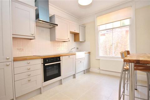 1 bedroom house share to rent - Rusham Park Avenue, Egham, Surrey, TW20