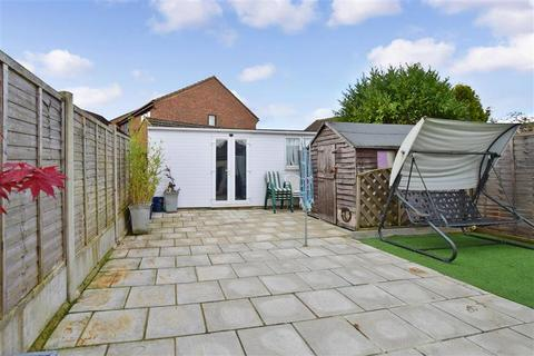 3 bedroom semi-detached bungalow for sale - Main Road, West Kingsdown, Sevenoaks, Kent