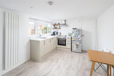1 bedroom flat to rent - Earlham Grove, London, E7