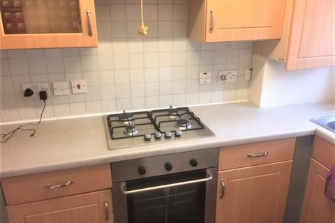 2 bedroom terraced house to rent - Keel Close , Barking, Essex IG11