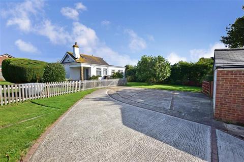 4 bedroom detached house for sale - Capel Street, Capel-Le-Ferne, Folkestone, Kent