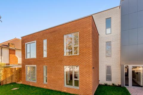 1 bedroom flat to rent - Green Lane, Shepperton, TW17
