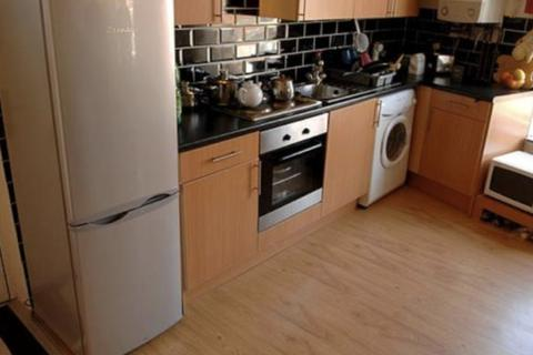 3 bedroom house share to rent - Hyde Park Road, Hyde Park