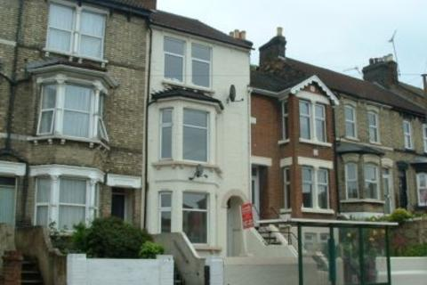 1 bedroom flat to rent - Luton Road, Chatham, ME4