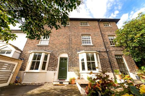 3 bedroom end of terrace house for sale - Crown Gardens, Brighton, BN1