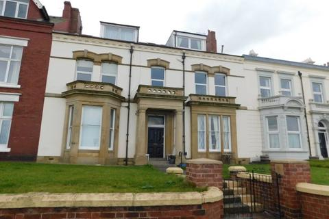 2 bedroom ground floor flat for sale - THE CLIFF, SEATON CAREW, HARTLEPOOL