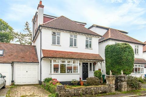 5 bedroom detached house for sale - 2 Dell Close, WALLINGTON, Surrey
