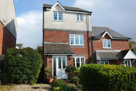 3 bedroom semi-detached house for sale - Dingle Dell, Penarth