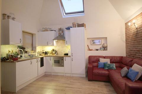 1 bedroom flat to rent - Osier Crescent, Muswell Hill, N10