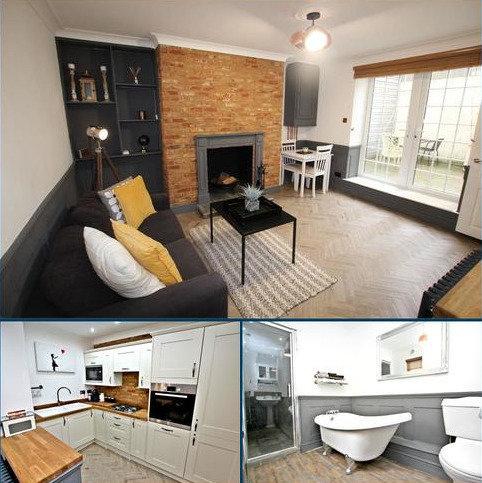 1 bedroom flat to rent - Carisbrooke Road, St Leonards-on-Sea, East Sussex