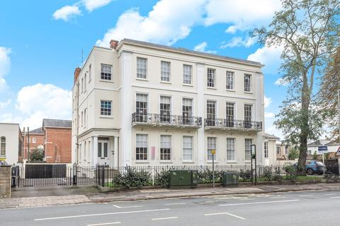 2 bedroom apartment for sale - St James Square, Cheltenham