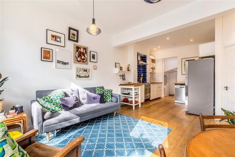 2 bedroom flat for sale - Tyrrell Road, East Dulwich, London, SE22