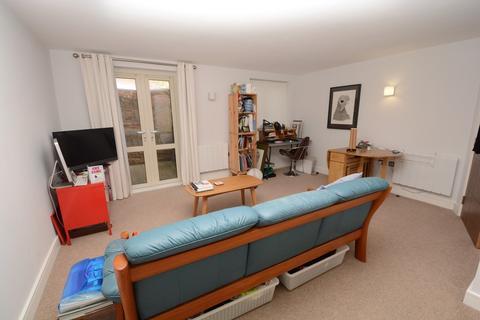 1 bedroom flat - Lansdown Villas - Camden Row