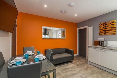 1 bedroom semi-detached house to rent - Room 2