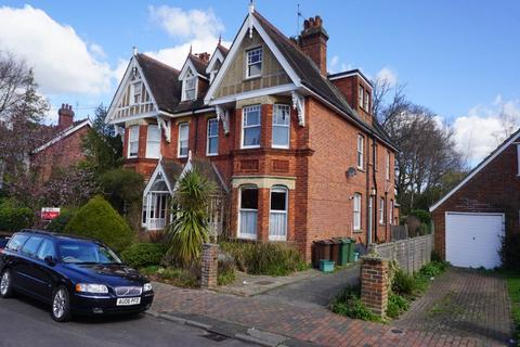 2 bedroom flat to rent - Court Road, Tunbridge Wells, Kent
