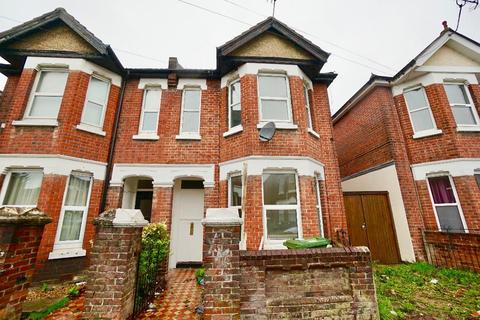5 bedroom semi-detached house to rent - Newcombe Road, Southampton, SO15 2FS
