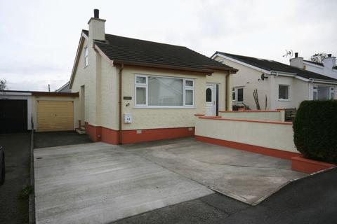 2 bedroom detached bungalow for sale - Benllech, Anglesey
