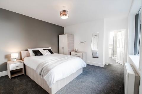 12 bedroom house share to rent - Stockport Road, Ashton Under Lyne,