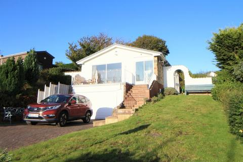 3 bedroom detached bungalow for sale - Ferns Close, Heswall