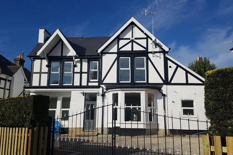 2 bedroom flat for sale - Alum Chine Road, Westbourne