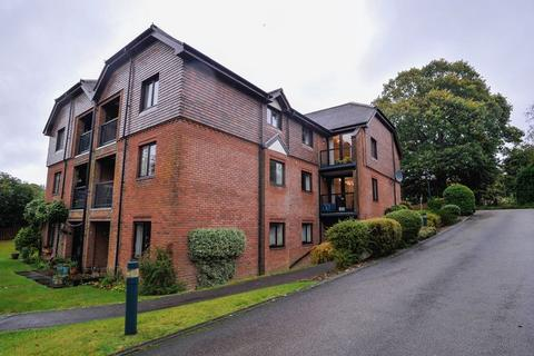 2 bedroom retirement property for sale - Stunning apartment with balcony overlooking the south facing garden within walking distance to shops