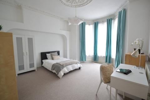 8 bedroom terraced house to rent - Beaumont Road, Plymouth