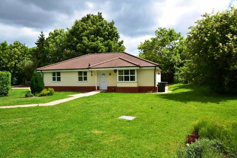 4 bedroom bungalow to rent - Pegsdon, Hertfordshire