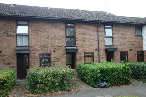2 bedroom terraced house to rent - Alder Close, Aldershot