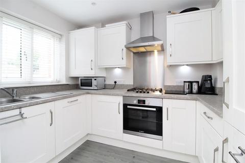 3 bedroom townhouse for sale - Woolhouse Place, Dartford