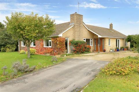 5 bedroom detached bungalow for sale - Honeystone, Littleton Drew, Littleton Drew