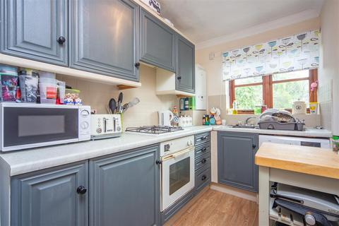 1 bedroom flat to rent - 9 Springview Apartments Sandhurst Road Tunbridge Wells Kent
