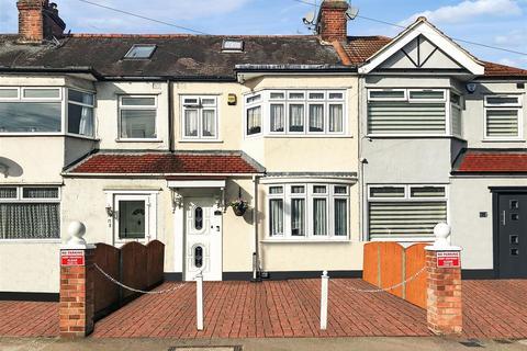 3 bedroom terraced house for sale - Newbury Avenue, Enfield