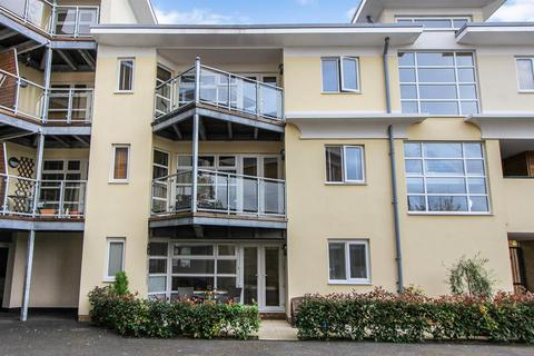 2 bedroom apartment to rent - The Bridge Approach, Whitstable