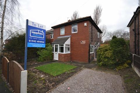 3 bedroom semi-detached house to rent - Rose Avenue, Beech Hill, Wigan, WN6 8QX
