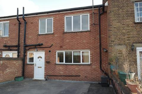 3 bedroom apartment to rent - Maxwell Road, Beaconsfield