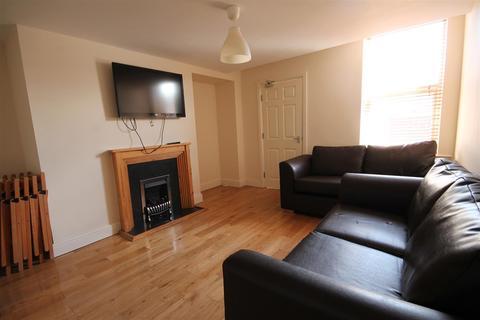 6 bedroom maisonette to rent - Doncaster Road, Sandyford
