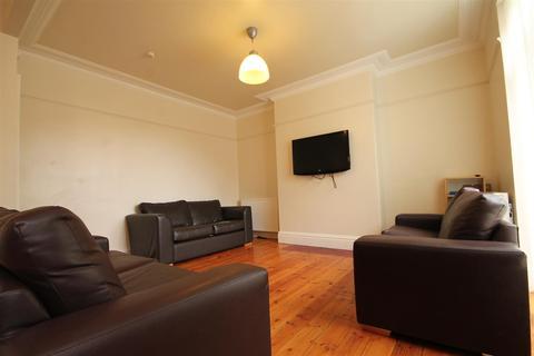7 bedroom terraced house to rent - Osborne Road, Jesmond