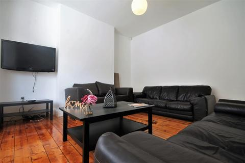 8 bedroom terraced house to rent - Sunbury Avenue, Jesmond