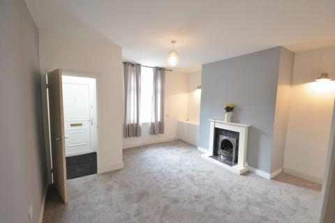 3 bedroom terraced house to rent - Thompson Street, Burnley