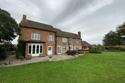 6 bedroom detached house to rent - Newent Road, Highnam, Gloucester