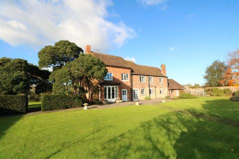 6 bedroom detached house to rent - Newent Road, Highnam, Gloucester