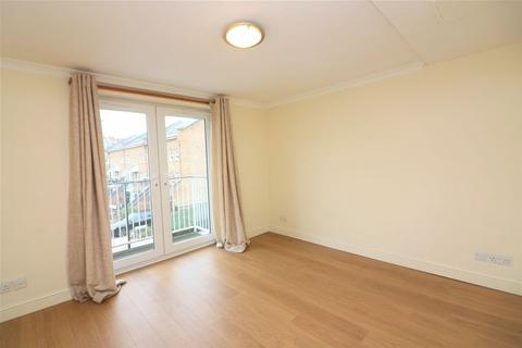 2 bedroom apartment to rent - Lyndhurst Court, Isle of Dogs, E14