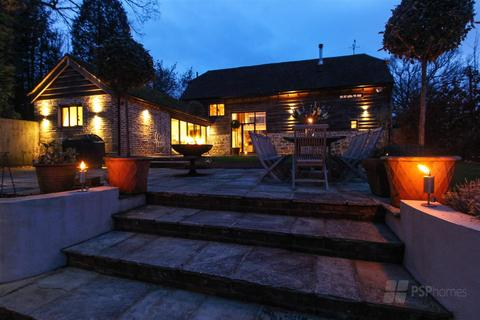 4 bedroom barn conversion to rent - Lewes Road, Scaynes Hill