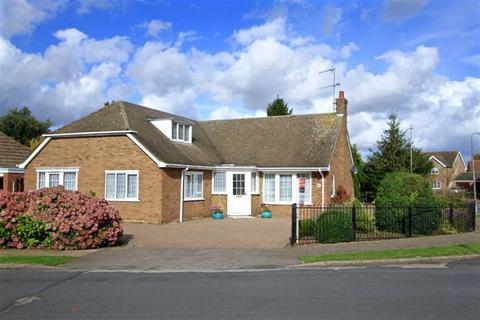 3 bedroom detached bungalow for sale - Somersby Way, Boston