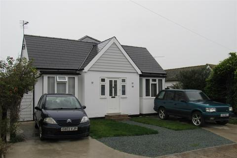 3 bedroom detached bungalow for sale - Wolseley Avenue, Herne Bay